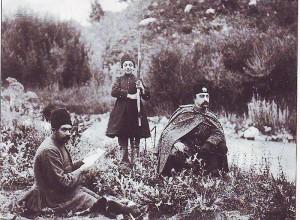 800px-Naseredin_Shah_&_Malijak